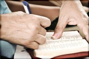 cuba-marking-bible-no-border